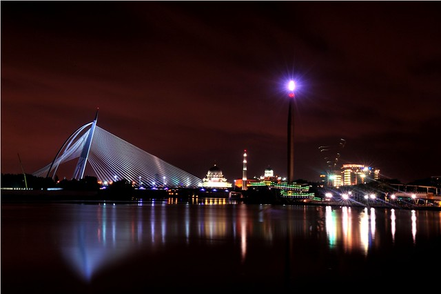 Putrajaya Lake at Night