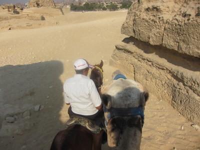 cairo pyramids tour guide