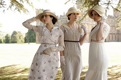 downton-abbey-the-crawley-sisters-400