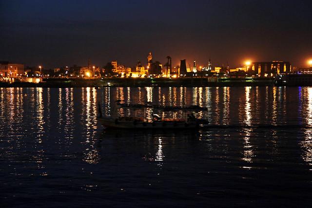 エジプト旅行 ルクソール 夜明け前のナイル川