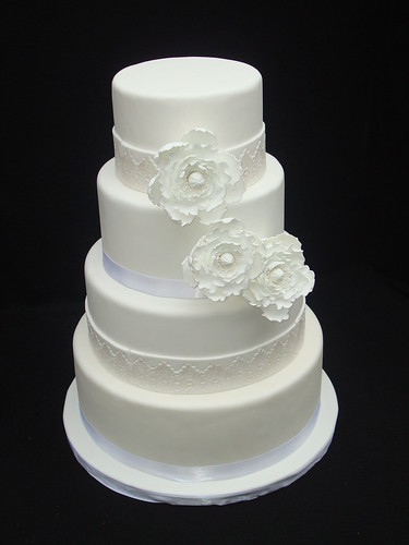 Lace Detail Wedding Cake originally uploaded by Austin Cake Studio Holley