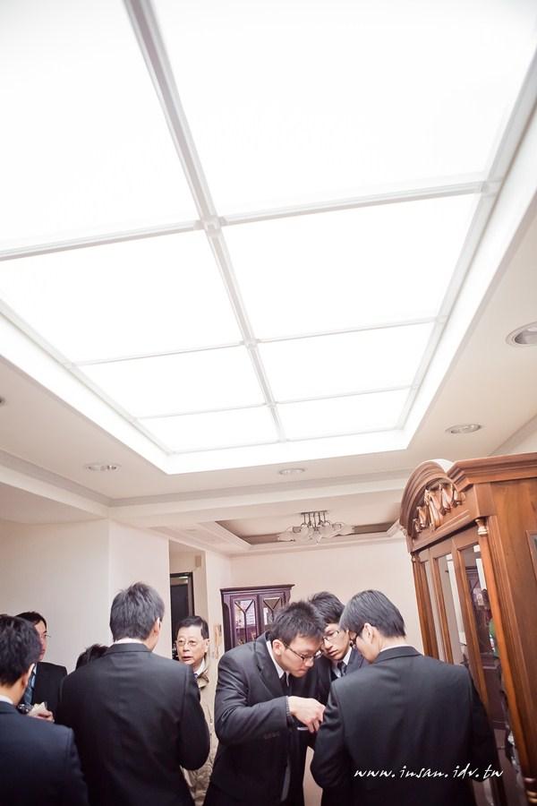 wed110101_0047