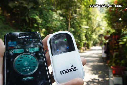 Strong Maxis Wireless Broadband Signal In The Jungle