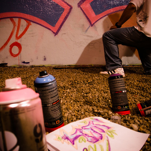 Weel, Blackbook, and Cans