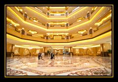 Lobby Emirates Palace (TEMPLE XIXONA) Tags: temple hotel nikon 7 palace tokina lobby emirates abudhabi estrellas cruiser 7stars digitalcameraclub 1116mm d300s costadeliziosa