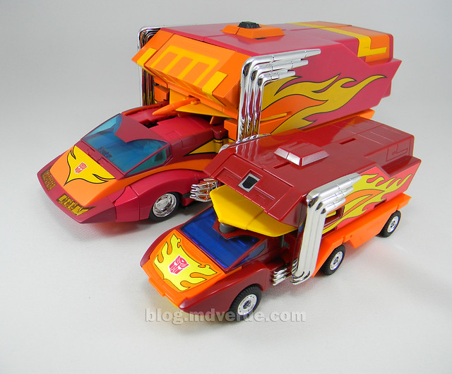 Transformers Rodimus Prime Masterpiece - modo alterno vs G1