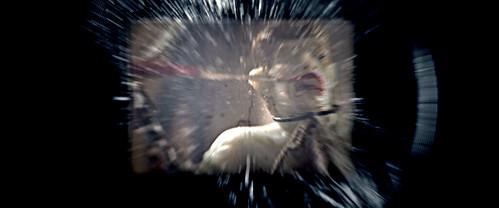 110304(2) - 今年暑假的科幻鉅獻《Super 8》(超級8)劇中的變種人?異形?造型首度揭開面紗! (2/2)