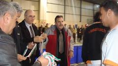 l 'ex minisitre des sports offre les mdailles au tenant du titre (m_bachir-   -) Tags: sport algerie om handball medea alger     akbou  olympiquedemedea ouldramoulmohamed   naditalger mouloudiaalger groupepetroliersonatrach