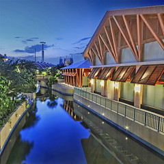 A quieter side at Sentosa... (williamcho) Tags: bridge party music tourism beach architecture canal fb perspective restaurants tranquility casino gaming entertainment retreat hotels bluehour pubs universalstudios sentosa attraction nationalgeographic d300 nikonflickraward williamcho resortsworldsentosa flickrtravelaward