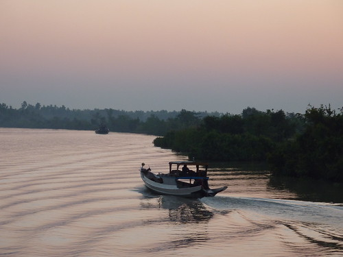 Yangon-Pathein-Bateau-Lever de soleil (2)