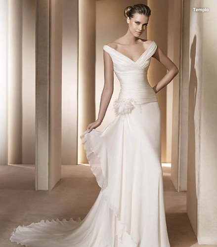 wedding gown 2011