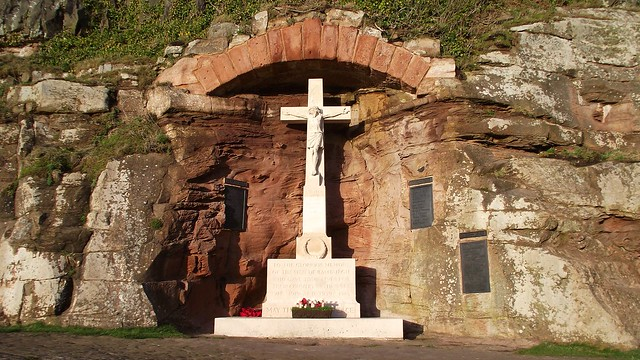 war memorial, Bamburgh Castle 01