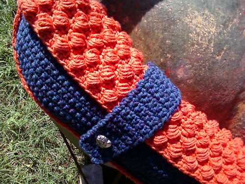 Bobble Clutch close-up