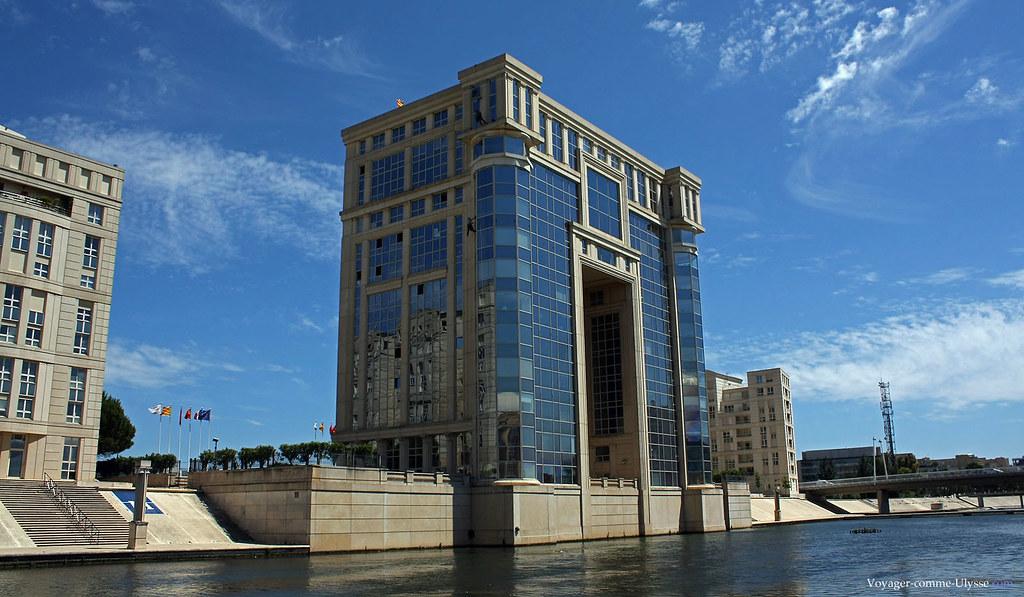 L'Hôtel de Région, où siège le Conseil Régional, symbole du renouveau de Montpellier