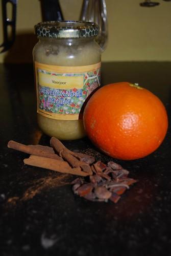 lamskarbonaadjes saus met honing en kruiden