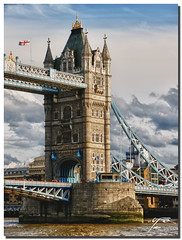 Tower Bridge ( UfoSp@in  ( Slow - OFF )) Tags: greatbritain travel london tower art texture colors clouds photoshop towerbridge landscape photography photo lo colores ufo textures londres texturas 2010 2011 granbretaa photomatrix canon1635l canoneos5dmarkii ufospain