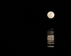 mi luna (RalRuiz) Tags: night noche luna moonlight lunallena embalse santillana manzanareselreal diadelpadre 19demarzo