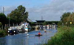 Brigg, Lincolnshire (tjsphotobrigg) Tags: uk england reflections boats lincolnshire rivers rowing leisure towns waterway brigg ancholme