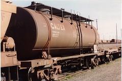 VTQF 502 G Tottenham 9/1994 (booksvic) Tags: tank railway vr wagons vline
