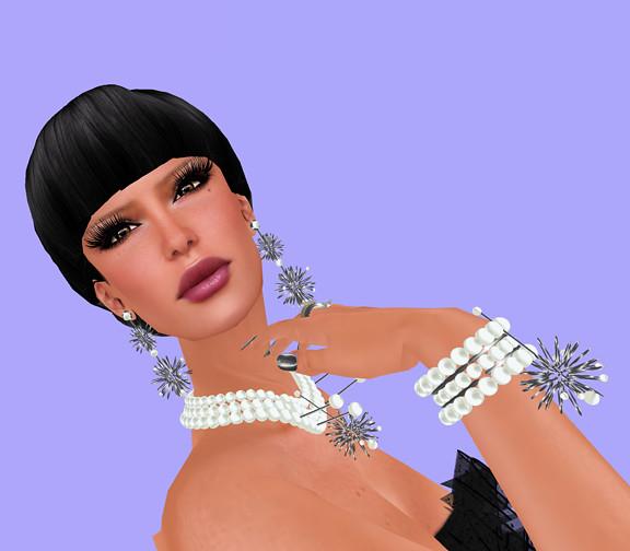 Mary Pearl Bracelet