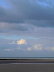 Le grand bleu * (Titole) Tags: sea sky beach clouds ciel plage baiedesomme friendlychallenges titole nicolefaton