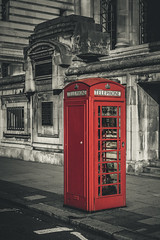 London telephone box (kderricotte) Tags: telephone booth telephonebox london england europe selectivecoloring 35mm18 sonya6000