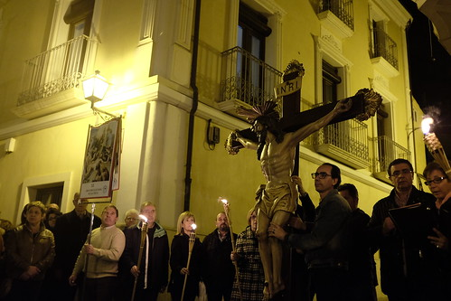 """(2015-03-27) - VI Vía Crucis nocturno - Vicent Olmos i Navarro (07) • <a style=""""font-size:0.8em;"""" href=""""http://www.flickr.com/photos/139250327@N06/30149319571/"""" target=""""_blank"""">View on Flickr</a>"""