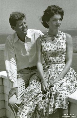 jackie kennedy floral print dress