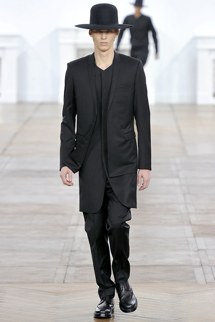 FW11_Paris_Dior Homme029(VOGUEcom)