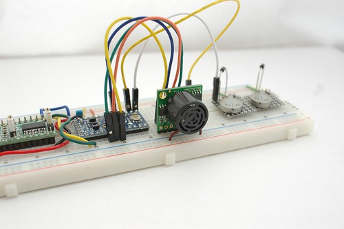 LV-MaxSonar-EZ0 on Breadboard