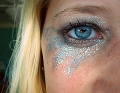 """I'M A BETTER KE$HA THAN YOU !"" (NeverGrowingUp) Tags: eye make up sparkles glitter star makeup 365 bule kesha sparkels keha"