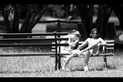 chilling (*Ολύμπιος*) Tags: summer blackandwhite bw sun sol soleil estate sãopaulo pb bn verão sole pretoebranco biancoenero calor