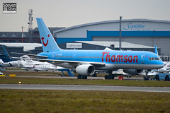 G-OOBE - 33100 - Thomson Airways - Boeing 757-28A - Luton - 110111 - Steven Gray - IMG_7802