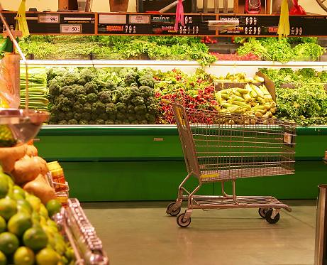 Last week, USDA unveiled the 2010 Dietary Guidelines for Americans, and among the key recommendations was to increase the intake and variety of fruits and vegetables.