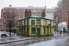 Peveril Of The Peak, Great Bridgewater St Manchester, UK (Ministry) Tags: street uk house building faience rain st bench tile manchester pub lee chepstow jamess listed canadahouse peverilofthepeak broadhurst tootal greatbridgewater