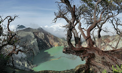 (Stassia) Tags: travel cloud lake tree indonesia island volcano java asia acid ijen