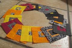 Blöcke für Crissi (Veri's kleiner Winkel) Tags: blue red orange brown white black rot yellow triangle stripes kachel gelb quilting blau dots patchwork weiss schwarz streifen quadrat dreieck hemden punkte