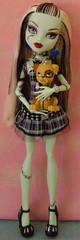 Frankie and Watzit (Comrade Bunnie) Tags: dolls frankie frankiestein monsterhigh watzit