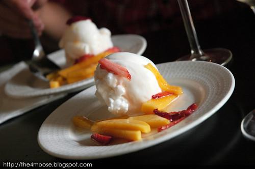 Black Sheep Cafe - Lemon Sorbet with Mango