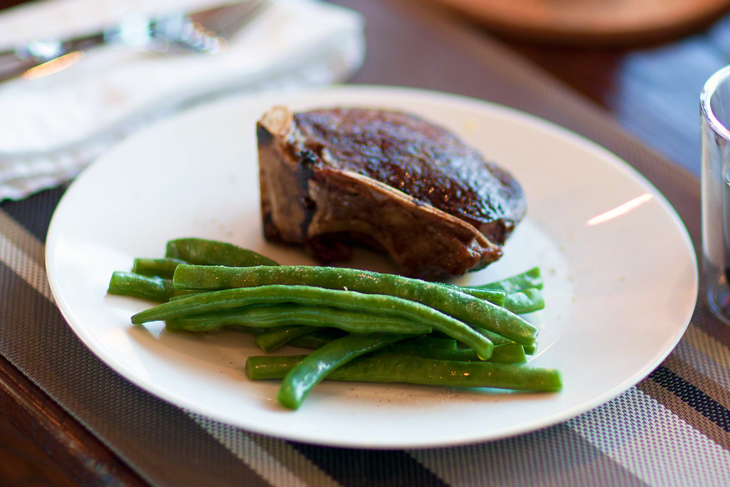 Pan-roasted Bone-in Filet with Blanched Green Beans in Butter