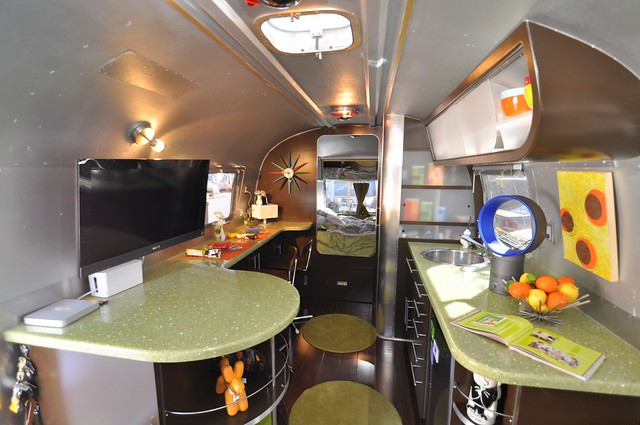 Inside the 1969 Airstream Tradewind 2