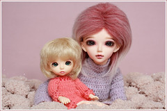 Rosie and Chloe (Maram Banu) Tags: pink doll dress purple chloe bonnie bjd fairyland minifee fairystyle pukifee marambanu