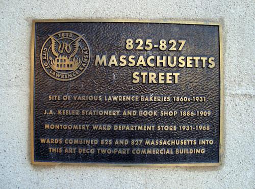 3-1-mass-street-sign