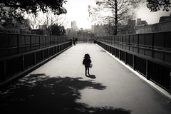 3 (JonathanPuntervold) Tags: canon zoo tokyo child ueno adventure 5d 東京 40mm voigtländer f20 ultron フォクトレンダー 上野 上野動物園 子ども mark ii jonathan jonathanpuntervold
