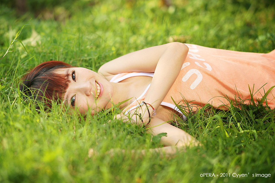 http://farm6.static.flickr.com/5057/5498676663_6520f1e876_b.jpg