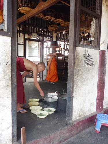 Kengtung-Temples-Moines (5)