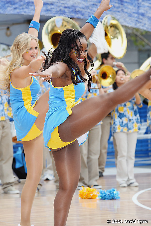 UCLA Dance Team 032