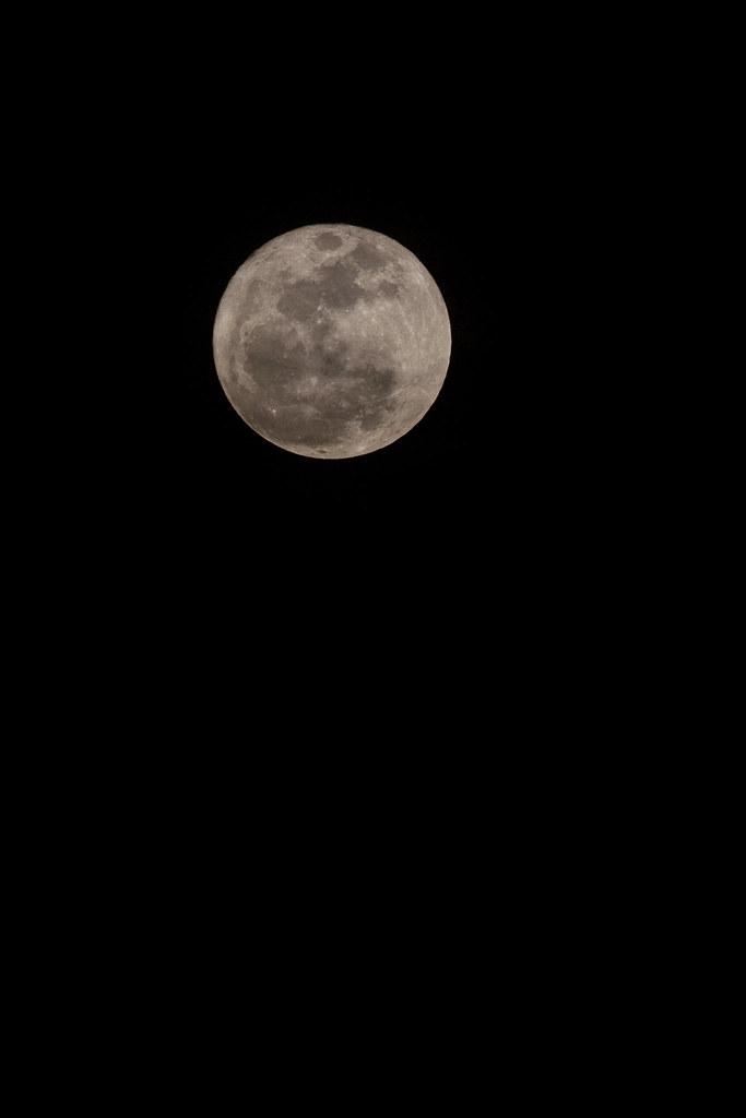 2011 03-19 Super Perigee Moon