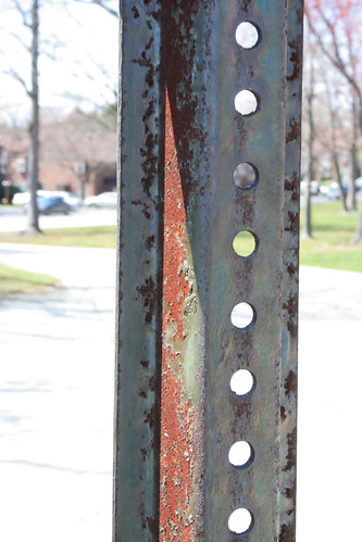 Rusting Sign Post by chuckularone