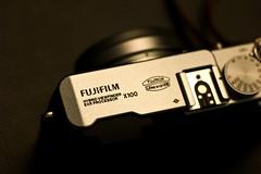 IMG_4232 (M@vErcK) Tags: leica macro fujifilm 90mm f4 m9 rm x100 elmarm